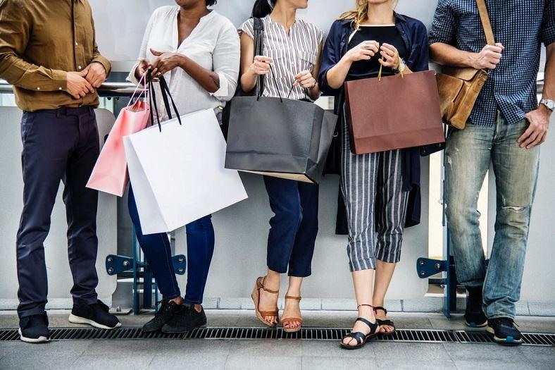 افزایش درآمد از پوشاک + چگونه کسب و کار پوشاک خود را متحول کنیم؟