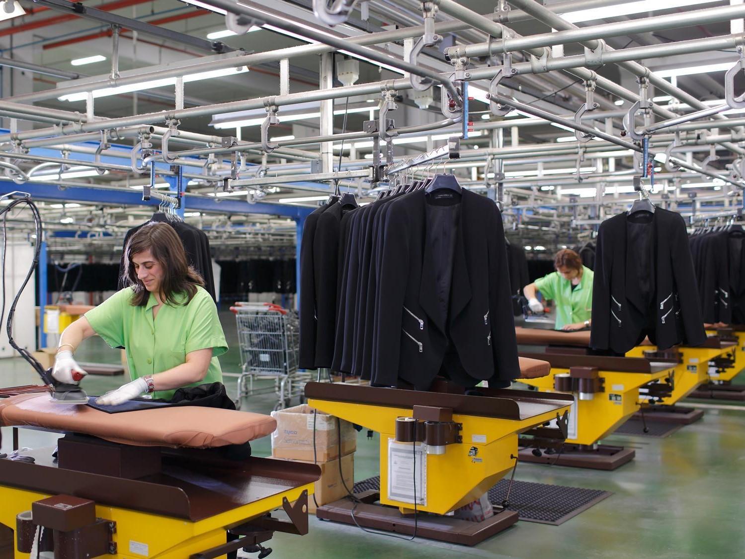 چرا روش سنتی را به روش صنعتی تولید پوشاک تغییر دهیم؟