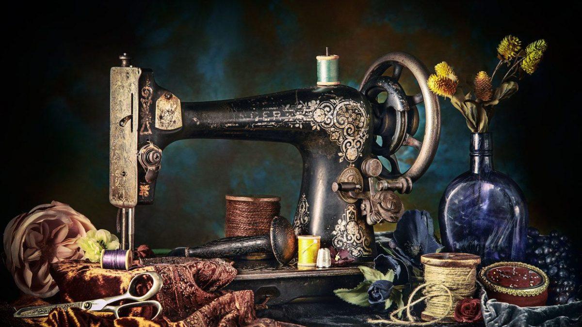 تاریخچه چرخ خیاطی خانگی و انواع آن