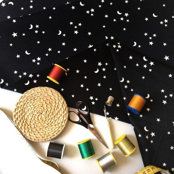 پارچه کرپ ساتن ماه و ستاره