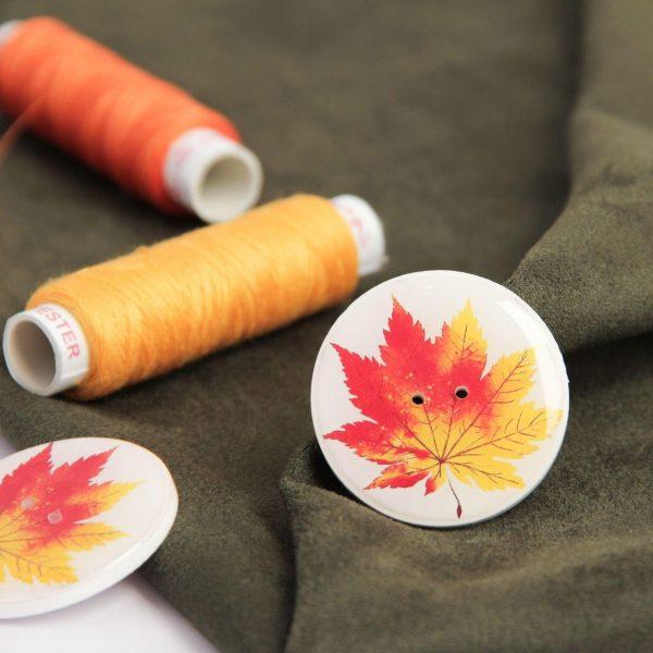 دکمه برگ پاییزی