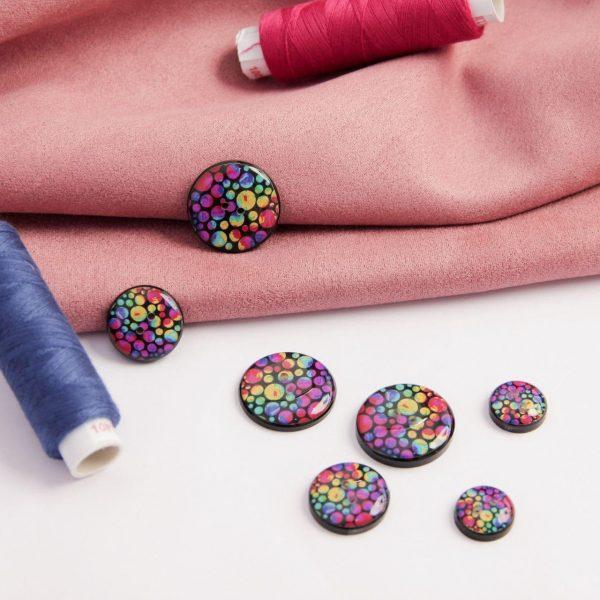 دکمه طرح حباب رنگی