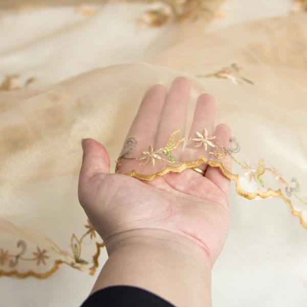 پارچه ارگانزا سوزن دوزی زرشام - فروشگاه آنلاین روچی